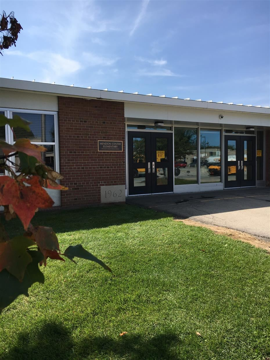 Mendon Center School Entry